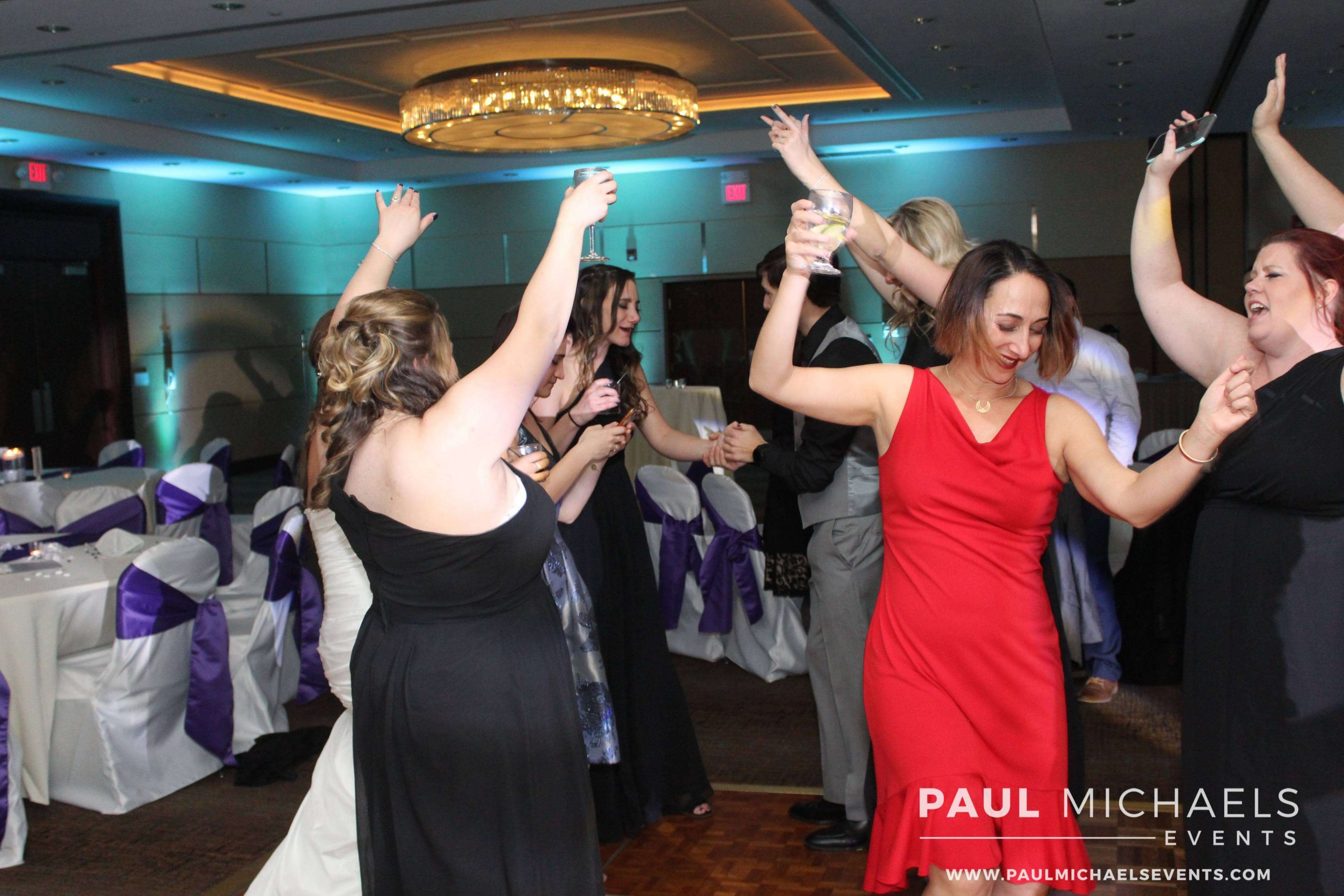 Guests dancing at a Chicago wedding